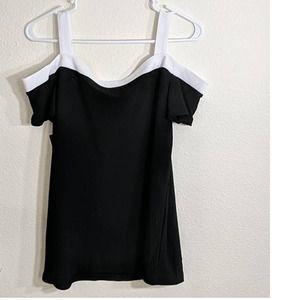 INC Black/White Cold Shoulder Top Sz XS
